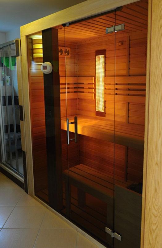 kombi sauna gesellschaft dyntar sauna und infrarot sauna saunas dyntar. Black Bedroom Furniture Sets. Home Design Ideas